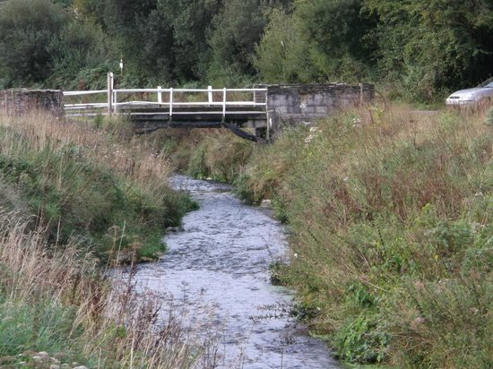 River Valley Holiday Park: River Valley Stream