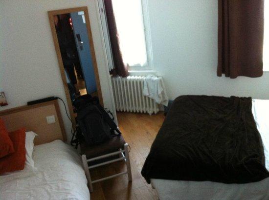 Hotel des Falaises : camera tripla
