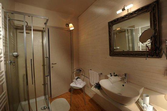 """B&B Sant'Agostino : """"Bagno Camera 2 / Bathroom Room 2"""""""