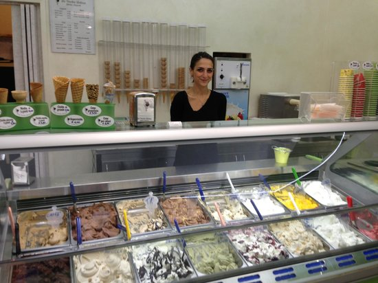 La Vecchia Latteria: One look and you can see this is authentic gelato!!