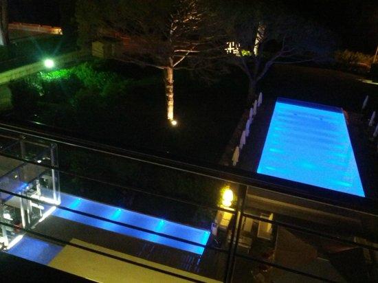 Kube Hotel-St Tropez : vue depuis le skybar