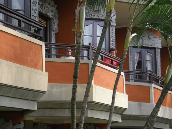 Adi Dharma Hotel: MUM AND DAD RELAXING