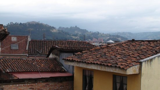 Hostal Hogar Cuencano: El Centro rooftops. (Actually from the rooftop gazebo)
