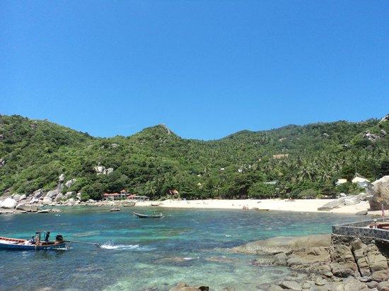 Ao Tanot Bay: a