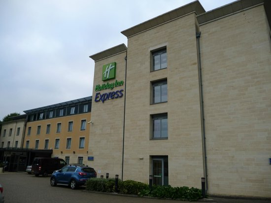Holiday Inn Express Bath : Exterior del hotel