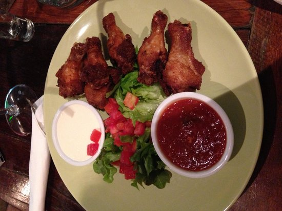 Crazy Gringos Mexican Restaurant: Chicken wings!