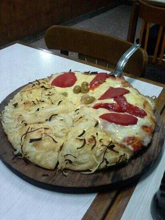 El Cuartito: Pizza doble