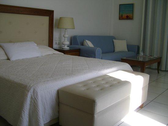 Alkyon Hotel: Chambre supérieure vue mer