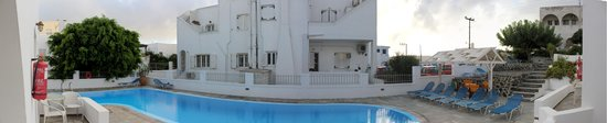 Nissos Thira Hotel: The view from room 8. This is a panorama, so a bit distorted, but I tried to capture the entire