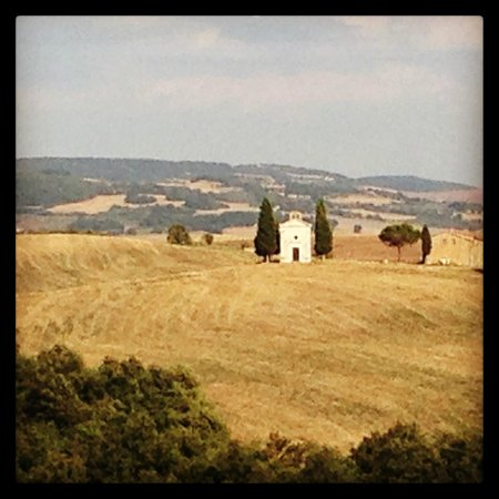 Just in Tuscany  Day Tours: the Vitaleta chapel
