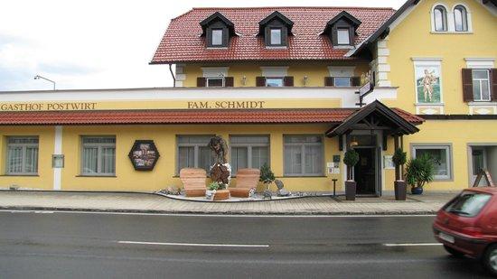 Postwirt: Voorkant hotel