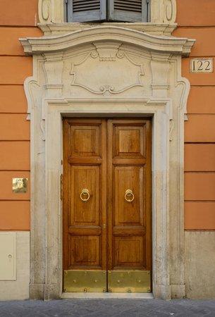 Inn Spagna Charming House - Frattina 122: Ingresso - Frattina 122