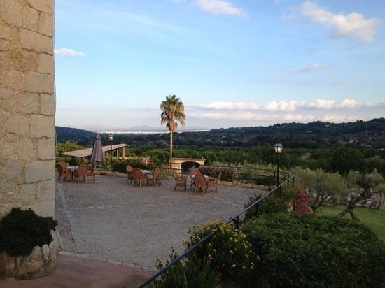 Hotel Rural & Spa Monnaber Nou: Terrasse