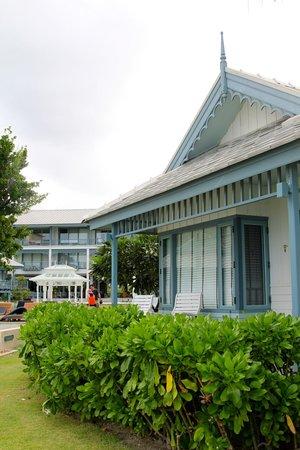 Devasom Hua Hin Resort : Our Villa