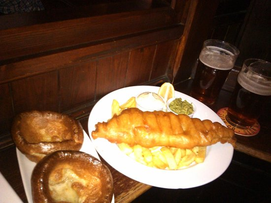 The Ship Tavern : Fish and chips, Yorkshire pudding and Ale