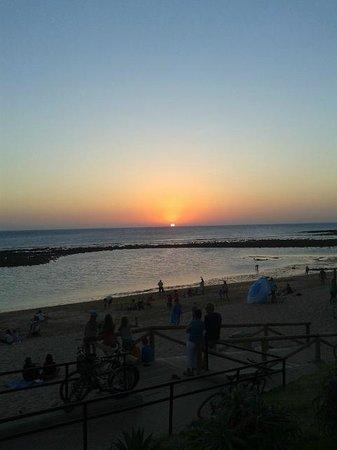 Camping Pinar San José: Atardecer Playa de Zahora