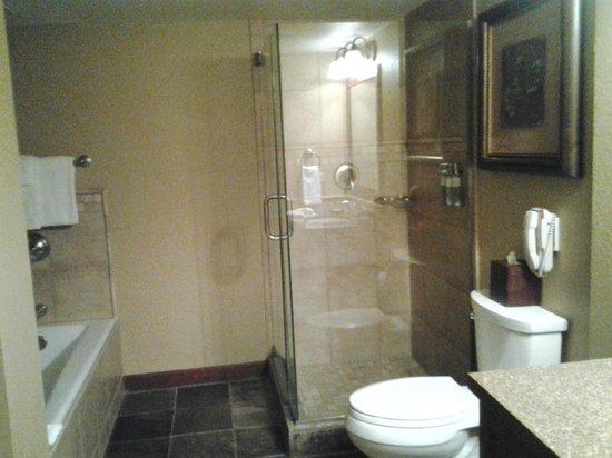 Resort at Squaw Creek : Large bathroom