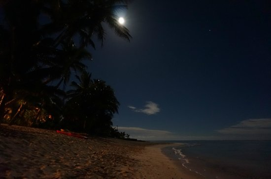 Titikaveka, Cook Islands: Beautiful night, taken at Little Poly.