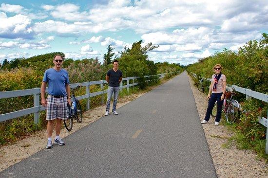 Shining Sea Bikeway : The trail