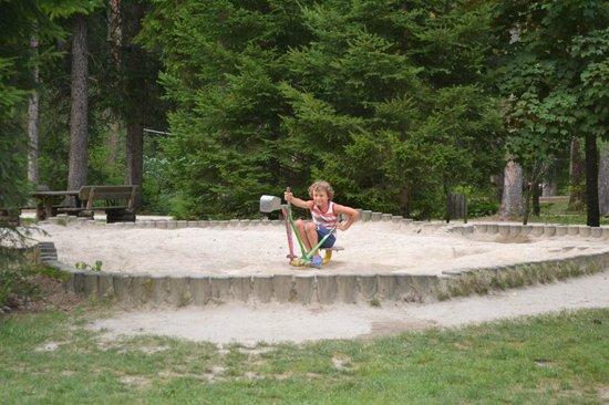 Parco e Percorso Salute: lo scavatore