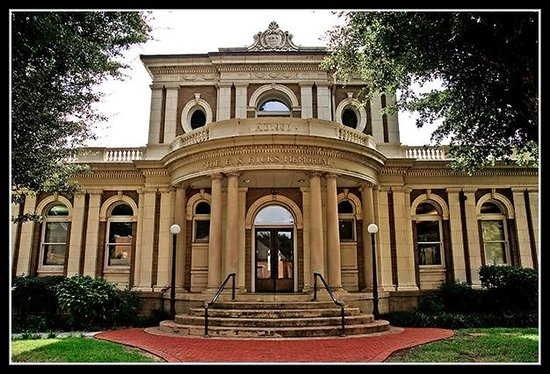 Yazoo City, MS: Ricks Memorial Library Oldest public library building in MS still in use.