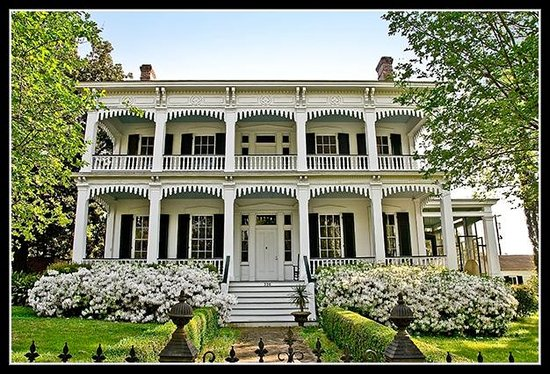 Yazoo City, MS: Historic Homes Walking or Driving Self-Guided tour, including the Town Center Historic District