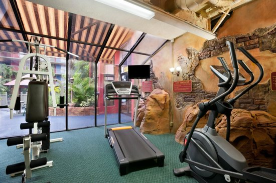 Ramada by Wyndham Hollywood Downtown: Ramada Downtown Hollywood Fitness Center