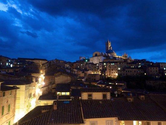 Albergo Bernini : View from the Patio at night