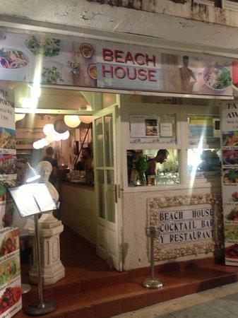 The Beach House: Main entrance