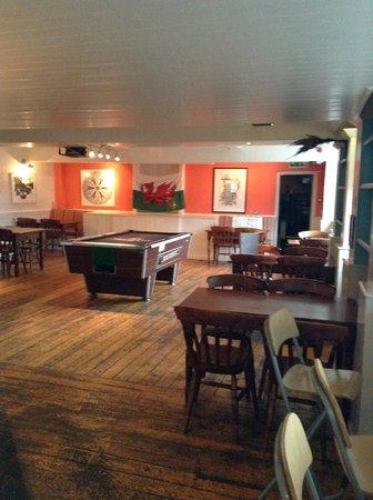 NosDa Hostel & Bar: bar area