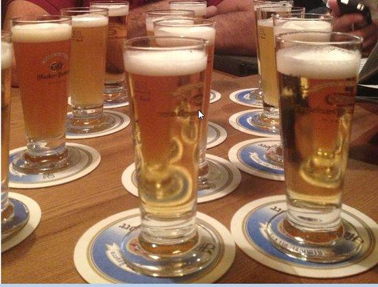 Hacker-Pschorr Hamburg: Prova de Cervejas