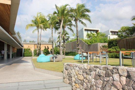 Casa de La Flora: Grounds