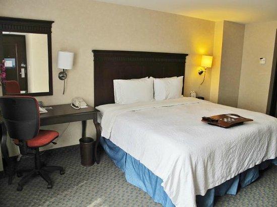 Hampton Inn & Suites Mexico City - Centro Historico : Bedroom