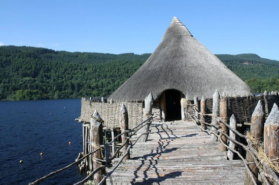 The Scottish Crannog Centre : The reconstructed dwelling on the crannog