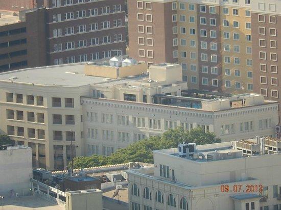 Drury Inn & Suites San Antonio Riverwalk: View from Tower of the Americas showing suite rooms on corner and pool area