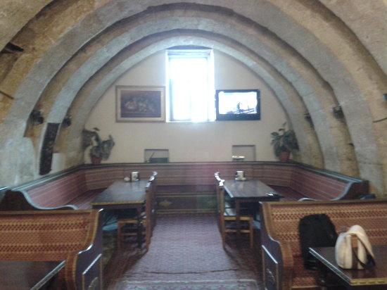 Cappadocia Palace : Interior of restaurant towards the side of the main entrance