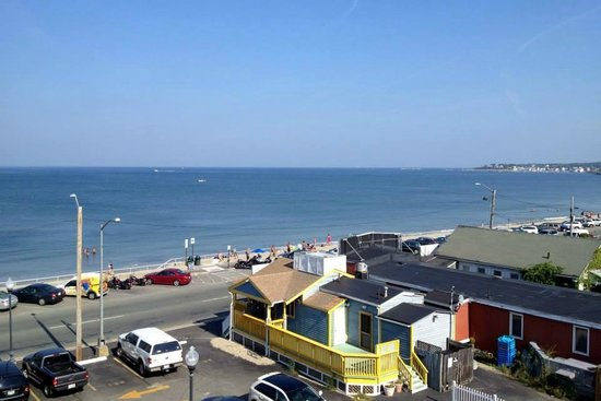 Nantasket Beach Resort : View from Partial View room.