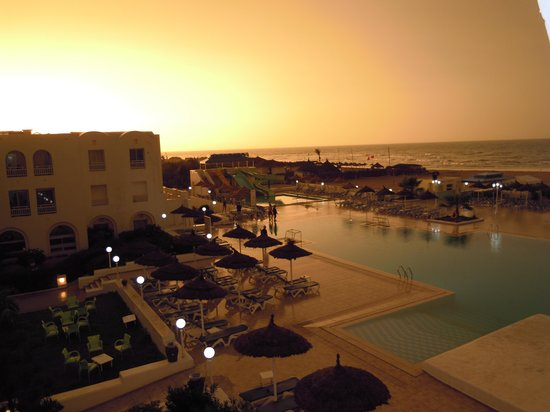 Club Calimera Yati Beach: Enntspannter Sonnenuntergang
