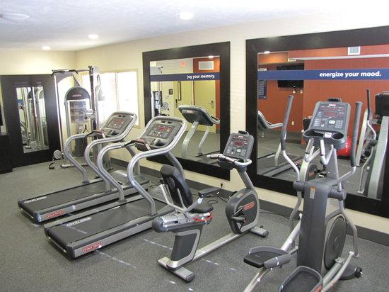 Hampton Inn & Suites Jamestown: Fitness Center