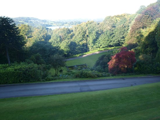 Merewood Country House Hotel: View of the lake