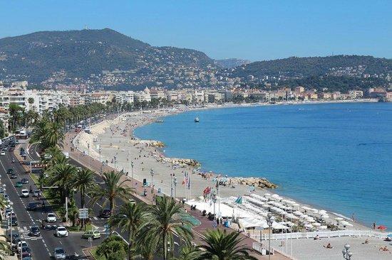 Adagio Nice Promenade Des Anglais : Вид из окна днем