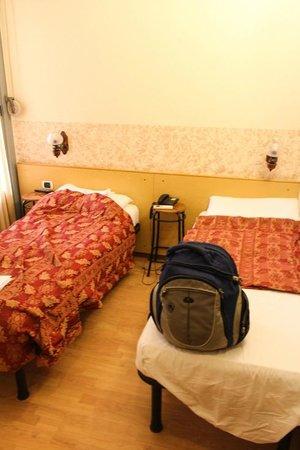 Hotel Nettuno: pokój