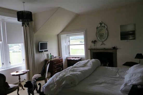 Colintraive Hotel : Our room with dual aspect