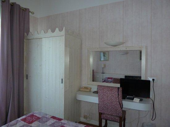 HOTEL ESPADON : Chambre 6