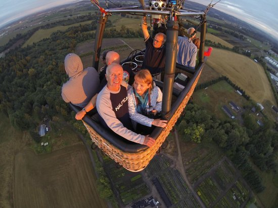 Portland Rose Hot Air Balloons: High in the sky