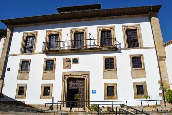 Palacio De Los Vallados