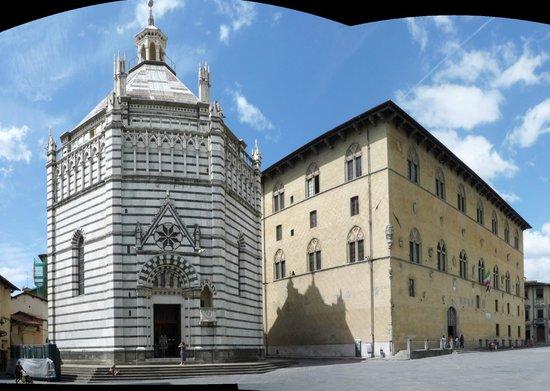 Baptistery : battistero e palazzo podestà