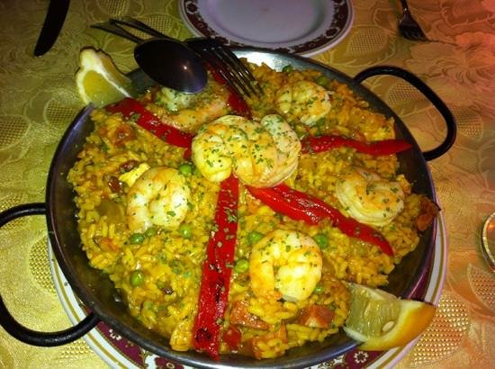 Tapas Spanish Restaurante: thanks for an amazing birthday dinner