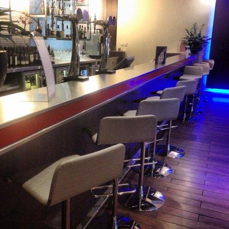 Novotel York Centre: The Bar
