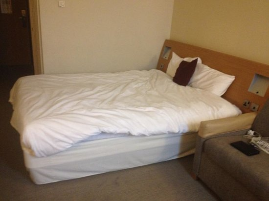 Novotel York Centre: Queen bed